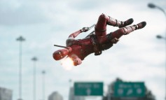 Il primo trailer italiano di Deadpool, anche in versione V.M.