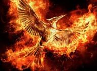 Hunger Games: Il Canto della Rivolta - Parte 2, il teaser poster e l'announcement trailer